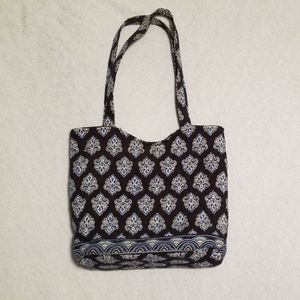 Vera Bradley tote style purse- old pattern